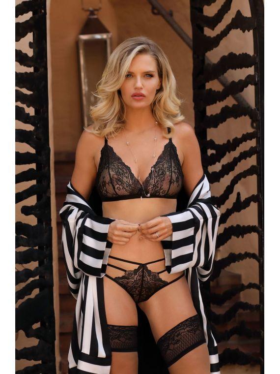 Figi Model Cyria Black